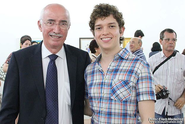 Com o embaixador da Irlanda, na exposição na UFRN em 2012